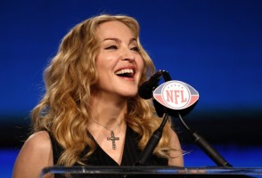 Madonna at the Super Bowl press conference - 2 February 2012 - Update 02 (22)
