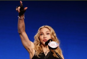 Madonna at the Super Bowl press conference - 2 February 2012 - Update 02 (34)