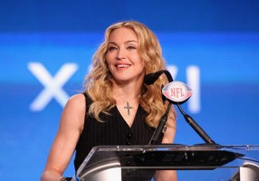 Madonna at the Super Bowl press conference - 2 February 2012 - Update 02 (40)