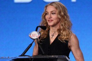 Madonna at the Super Bowl press conference - 2 February 2012 - Update 02 (50)