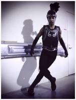 Backstage with Madonna at the Super Bowl - V Magazine (8)