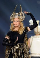Madonna Official Super Bowl and Give me all your luvin pictures (16)