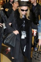 Madonna and Lourdes at JFK airport - 21 February 2012 UPDATE 2 (2)