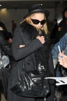 Madonna and Lourdes at JFK airport, 21 February 2012 - Update 3 (4)