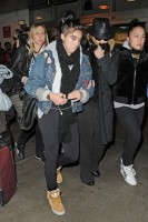 Madonna and Lourdes at JFK airport, 21 February 2012 - Update 3 (13)