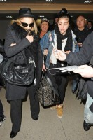 Madonna and Lourdes at JFK airport, 21 February 2012 - Update 3 (18)