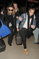 Madonna and Lourdes at JFK airport, 21 February 2012 - Update 3 (22)