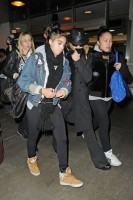 Madonna and Lourdes at JFK airport, 21 February 2012 - Update 3 (25)