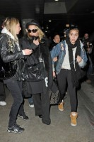 Madonna and Lourdes at JFK airport, 21 February 2012 - Update 3 (32)