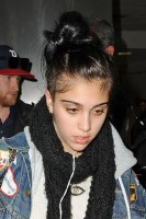 Madonna and Lourdes at JFK airport, 21 February 2012 - Update 3 (35)
