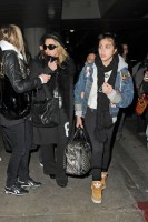 Madonna and Lourdes at JFK airport, 21 February 2012 - Update 3 (36)