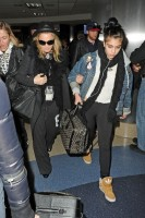 Madonna and Lourdes at JFK airport, 21 February 2012 - Update 3 (37)