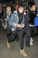 Madonna and Lourdes at JFK airport, 21 February 2012 - Update 3 (40)