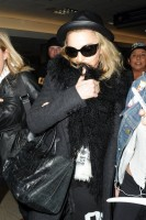 Madonna and Lourdes at JFK airport, 21 February 2012 - Update 3 (45)