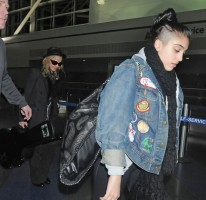 Madonna and Lourdes at JFK airport - 21 February 2012 UPDATE (9)