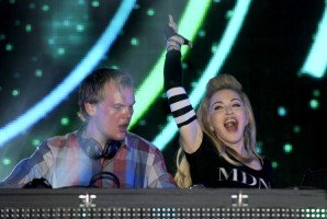Madonna and Avicii at the Ultra Music Festival in Miami - 24 March 2012 (18)