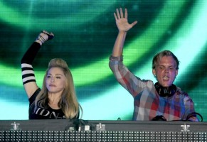 Madonna and Avicii at the Ultra Music Festival in Miami - 24 March 2012 (20)