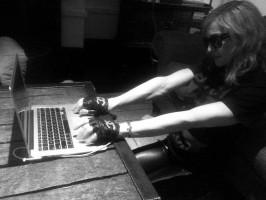 Madonna on Twitter - MadonnaMDNAday (1)