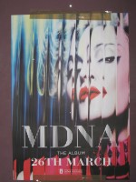 MDNA release party in the UK - HMV (4)
