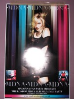 MDNA release party in the UK - HMV (5)