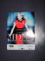 MDNA release party in the UK - HMV (7)