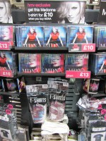 MDNA release party in the UK - HMV (16)