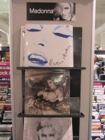 MDNA release party in the UK - HMV (23)