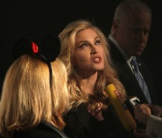 Madonna at the Truth or Dare fragrance launch - Macy's, NYC - HQ (102)