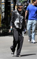 Madonna at the Kabbalah Centre in New York, 12 May 2012 (4)