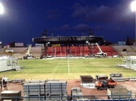 Madonna MDNA Tour Spoilers - Stage under construction in Tel Aviv, Ramat Gan Stadium (3)