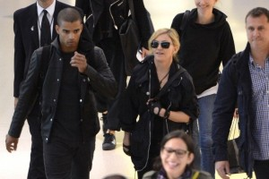 Madonna at JFK airport in New York - 24 May 2012 (5)