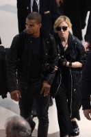 Madonna at JFK airport in New York - 24 May 2012 (8)