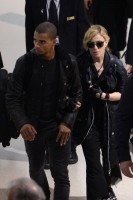 Madonna at JFK airport in New York - 24 May 2012 (9)