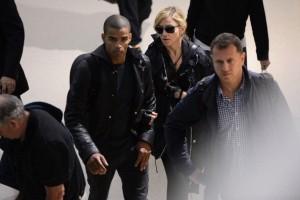 Madonna at JFK airport in New York - 24 May 2012 (13)