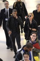 Madonna at JFK airport in New York - 24 May 2012 (14)