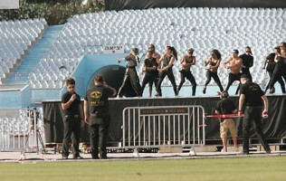 MDNA Tour Rehearsals - Ramat Gan Stadium Tel Aviv [26 May 2012] Part 2 (8)