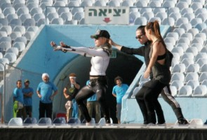 MDNA Tour Rehearsals - Ramat Gan Stadium Tel Aviv [26 May 2012] Part 3 (6)