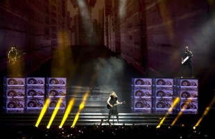 MDNA Tour Opening in Tel Aviv - HQ Part 3 (21)