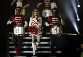 MDNA Tour - Abu Dhabi - 3 June 2012 (Part 2) (3)