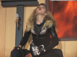 MDNA Tour - Abu Dhabi - 3 June - Alaa Part 2 (3)