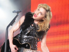 MDNA Tour - Abu Dhabi - 3 June - Alaa Part 2 (13)