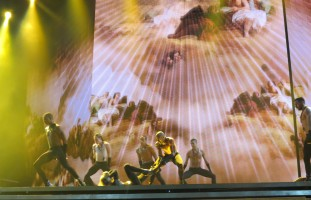 MDNA Tour - Abu Dhabi - 3 June - Alaa Part 2 (20)
