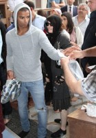 Madonna visits the Blue Mosque, Istanbul - 6 June 2012 (11)