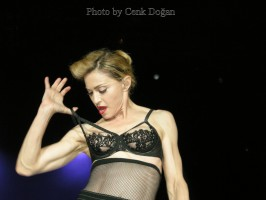 MDNA Tour - Istanbul - 7 June 2012 - Cenk Part 2 (4)