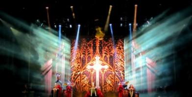 Madonna - MDNA Tour Istanbul - 7 June 2012 - Inci Erdogan (2)