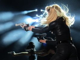 Madonna - MDNA Tour Istanbul - 7 June 2012 - Inci Erdogan (4)