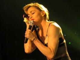 Madonna - MDNA Tour Istanbul - 7 June 2012 - Inci Erdogan (16)