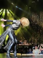 Madonna - MDNA Tour Istanbul - 7 June 2012 - Inci Erdogan (23)