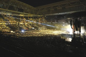MDNA Tour Istanbul - Before and during - 7 June 2012 (40)