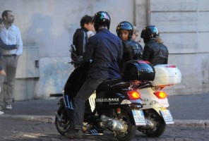Madonna riding a Vespa in Rome - 13 June 2012 (9)
